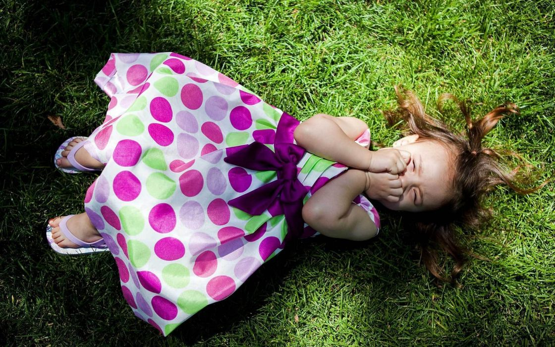 Women dress kids grass people smiling wallpaper
