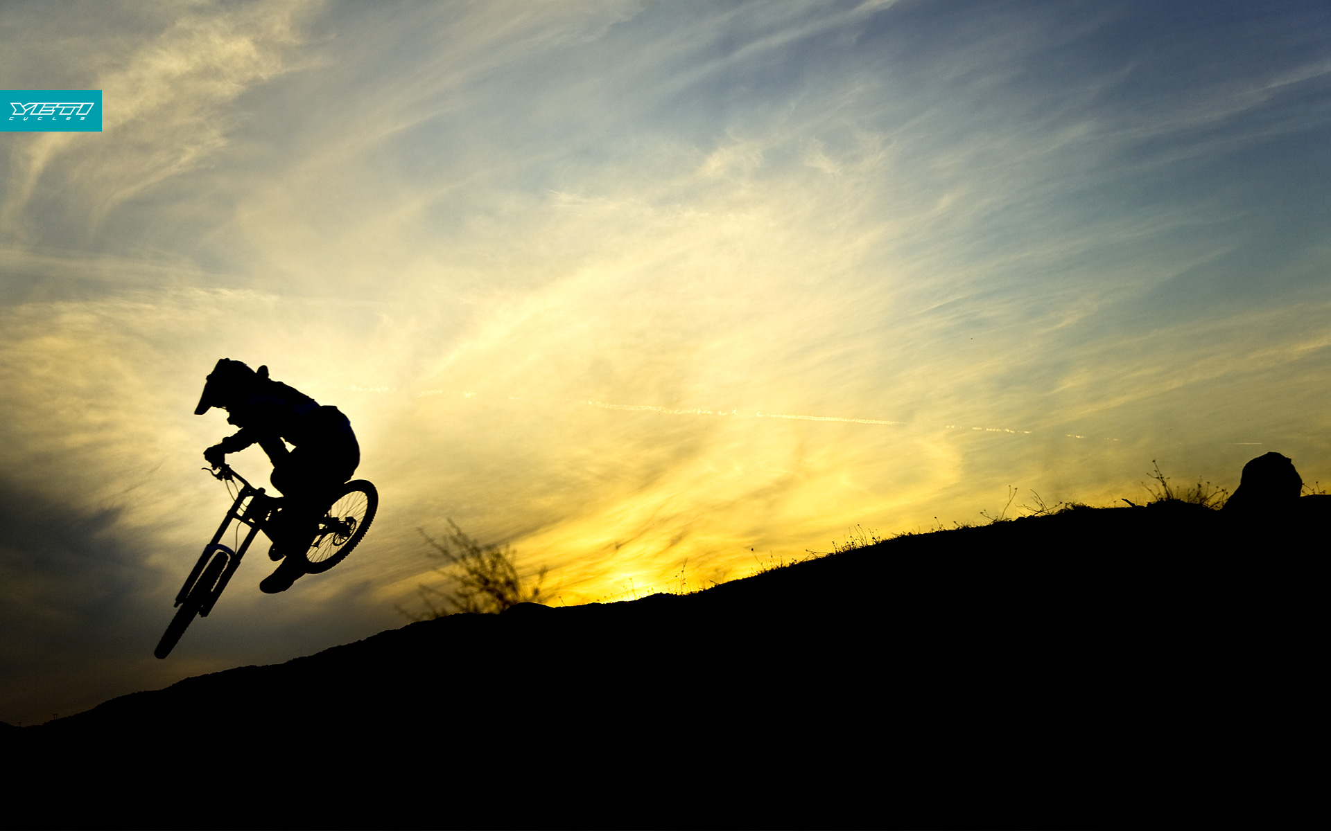 sunset bicycles hills sillhouette downhill mtb wallpaper