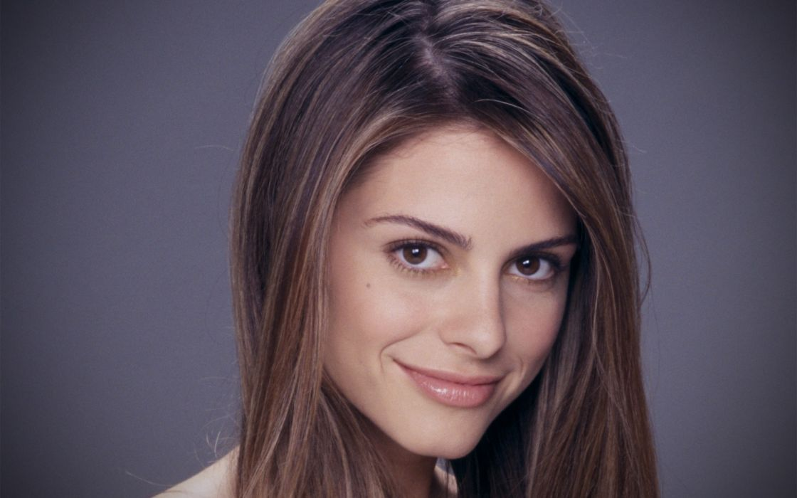 Up celebrity smiling maria menounos faces portraits wallpaper