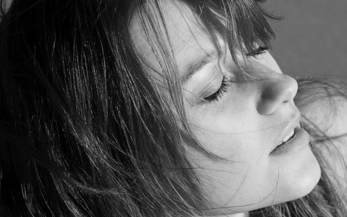 Art magazine grayscale closed eyes faces auburn hair nomi a portraits wallpaper