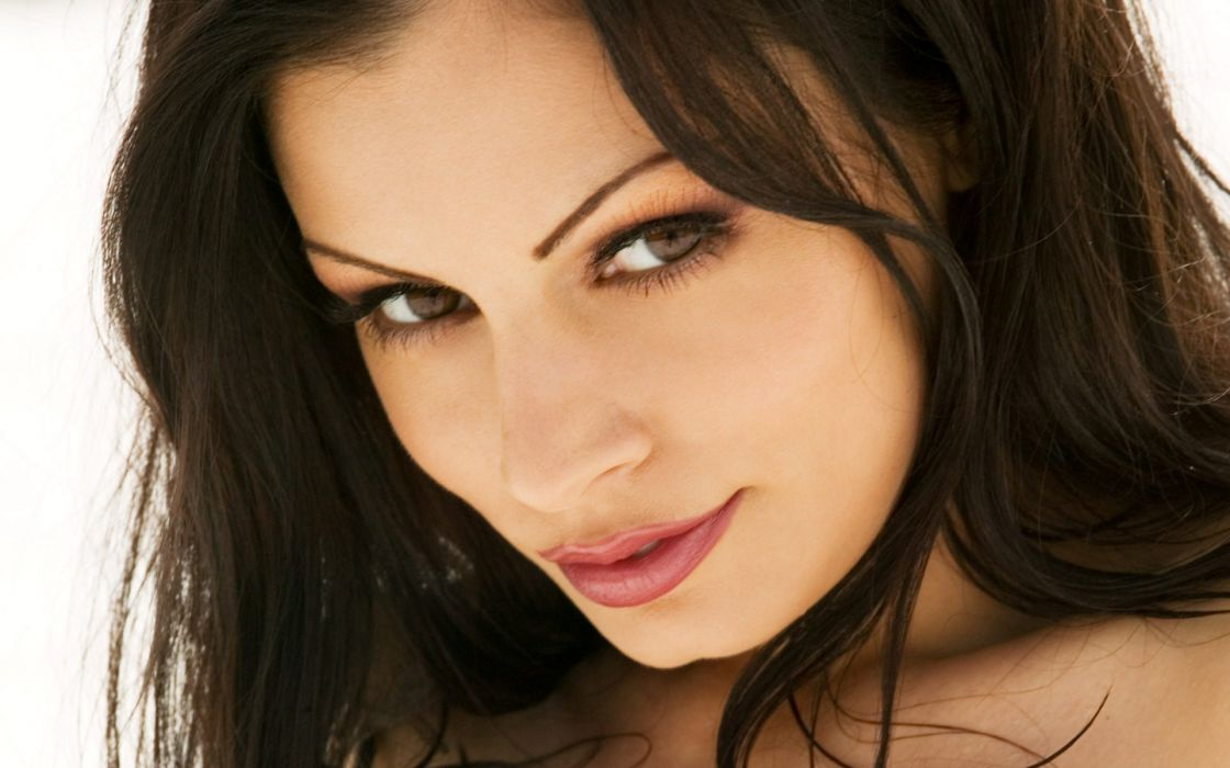 Up eyes brown eyes aria giovanni wallpaper