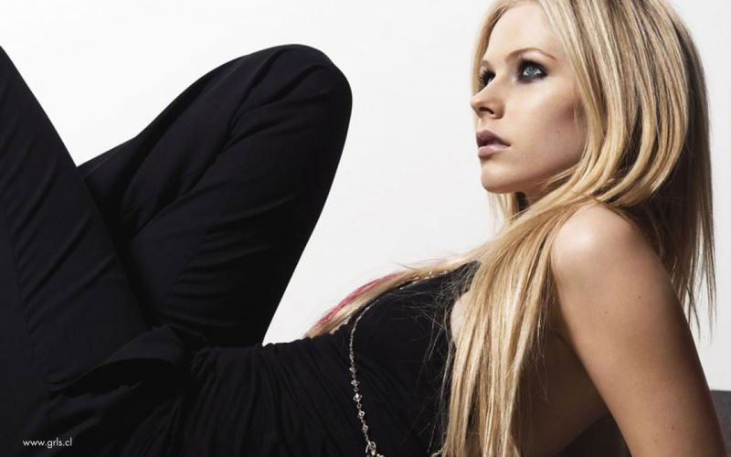 Blondes boobs women avril lavigne blue eyes white background wallpaper