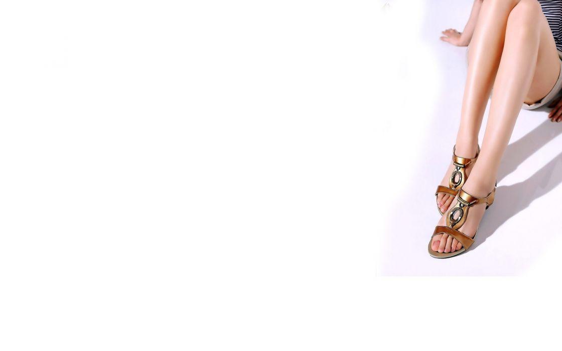 Legs women feet white background wallpaper