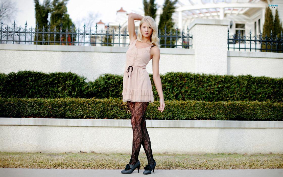 Blondes women high heels lipstick make-up berit birkeland wallpaper