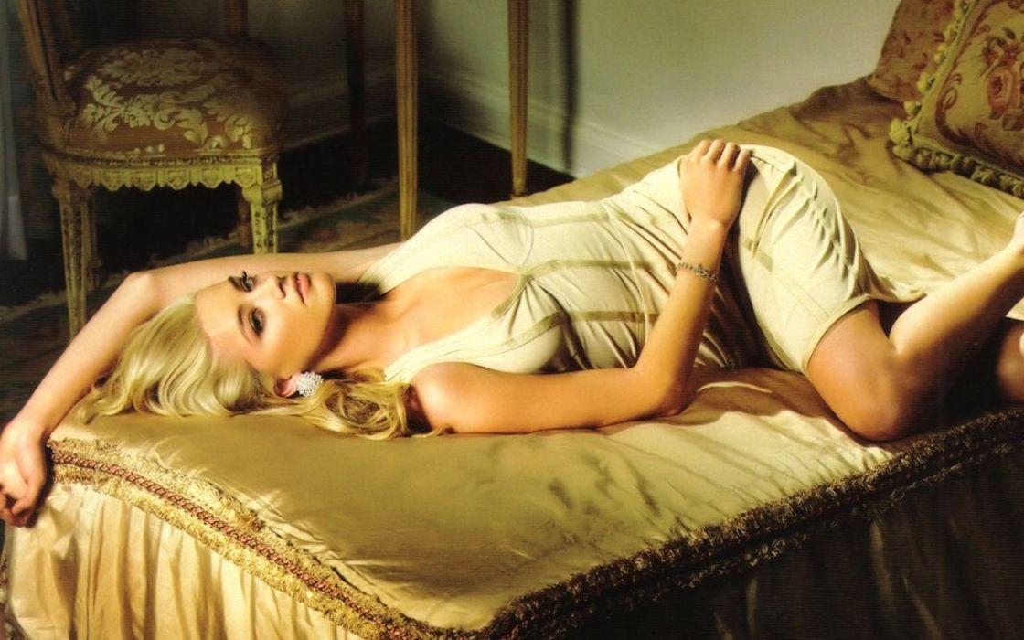 Women actress amber heard low resolution wallpaper