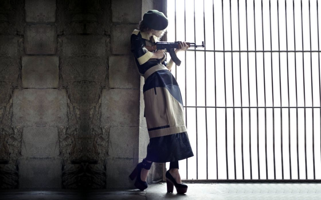 other females females women girls sensual weapons guns girls-and-guns wallpaper