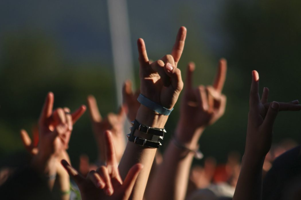 concerts people hands mood situations music rock hard-rock wallpaper