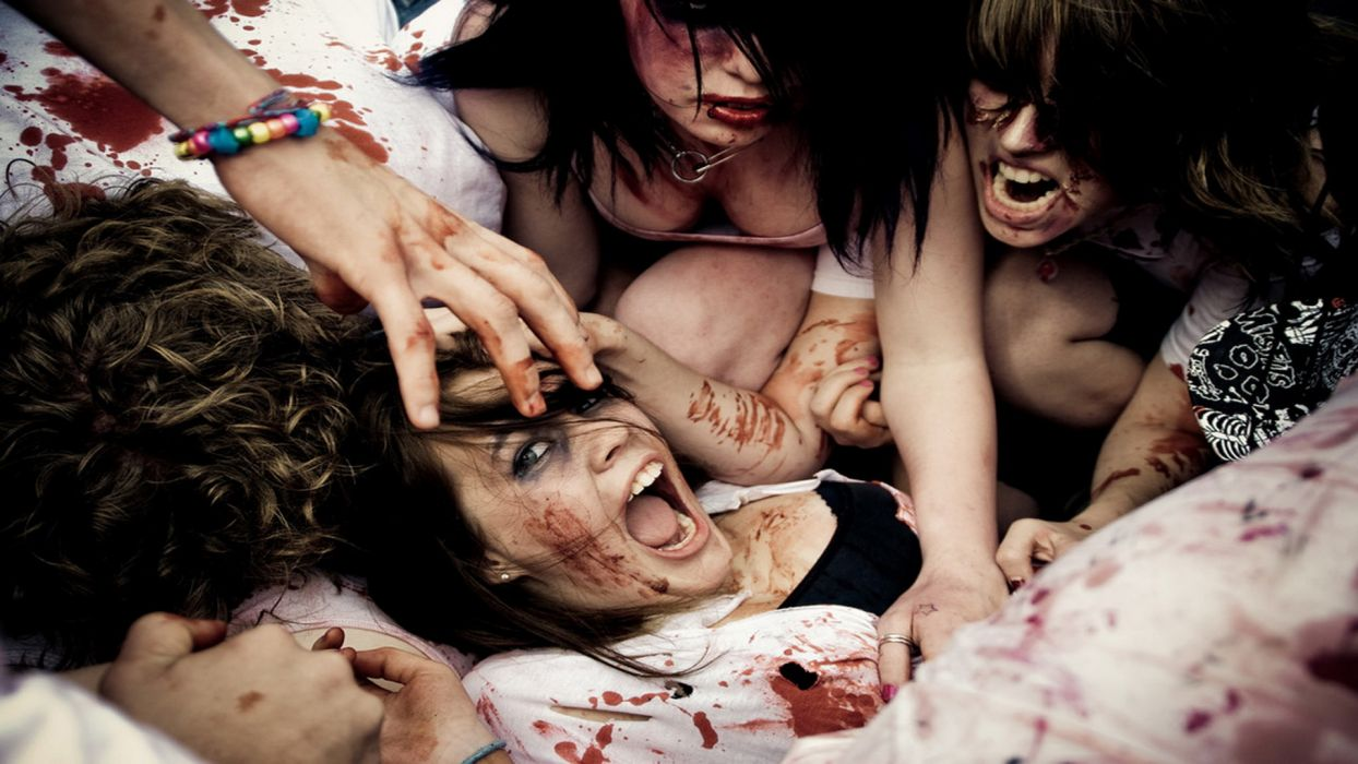 dark zombies horror macabre scary creepy spooky bloody blood women females girls babes sexy sensual wallpaper