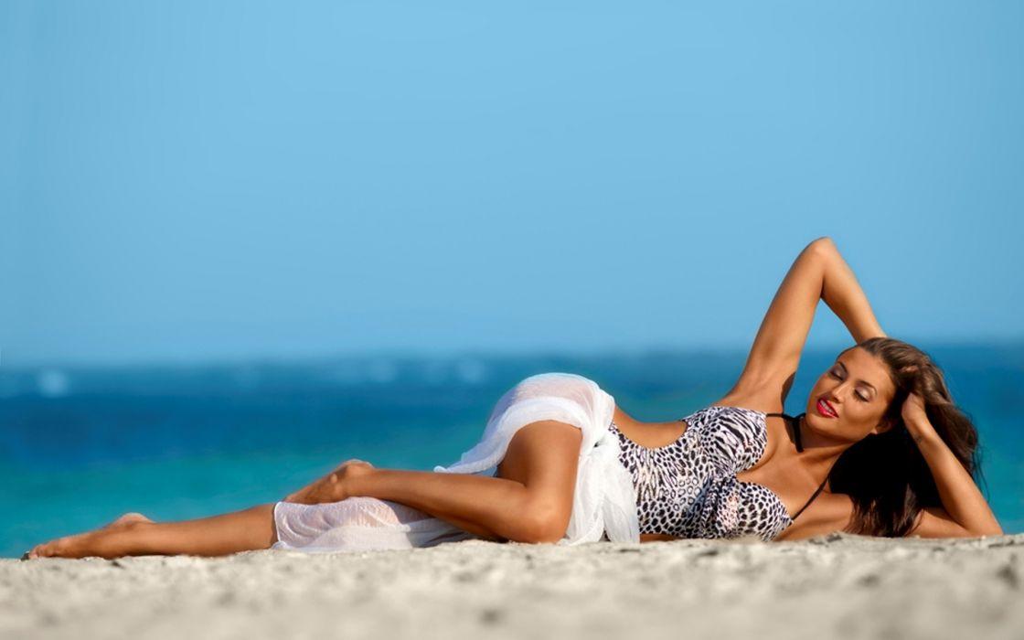 women females girls models fashion style swimwear beaches oceans seas sexy sensual babes wallpaper