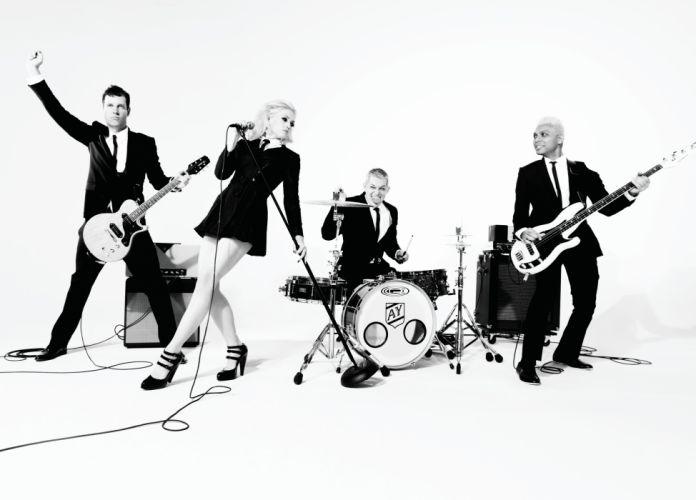 No-Doubt bands Gwen-Stefani Stefani black-and-white b/w guitars wallpaper