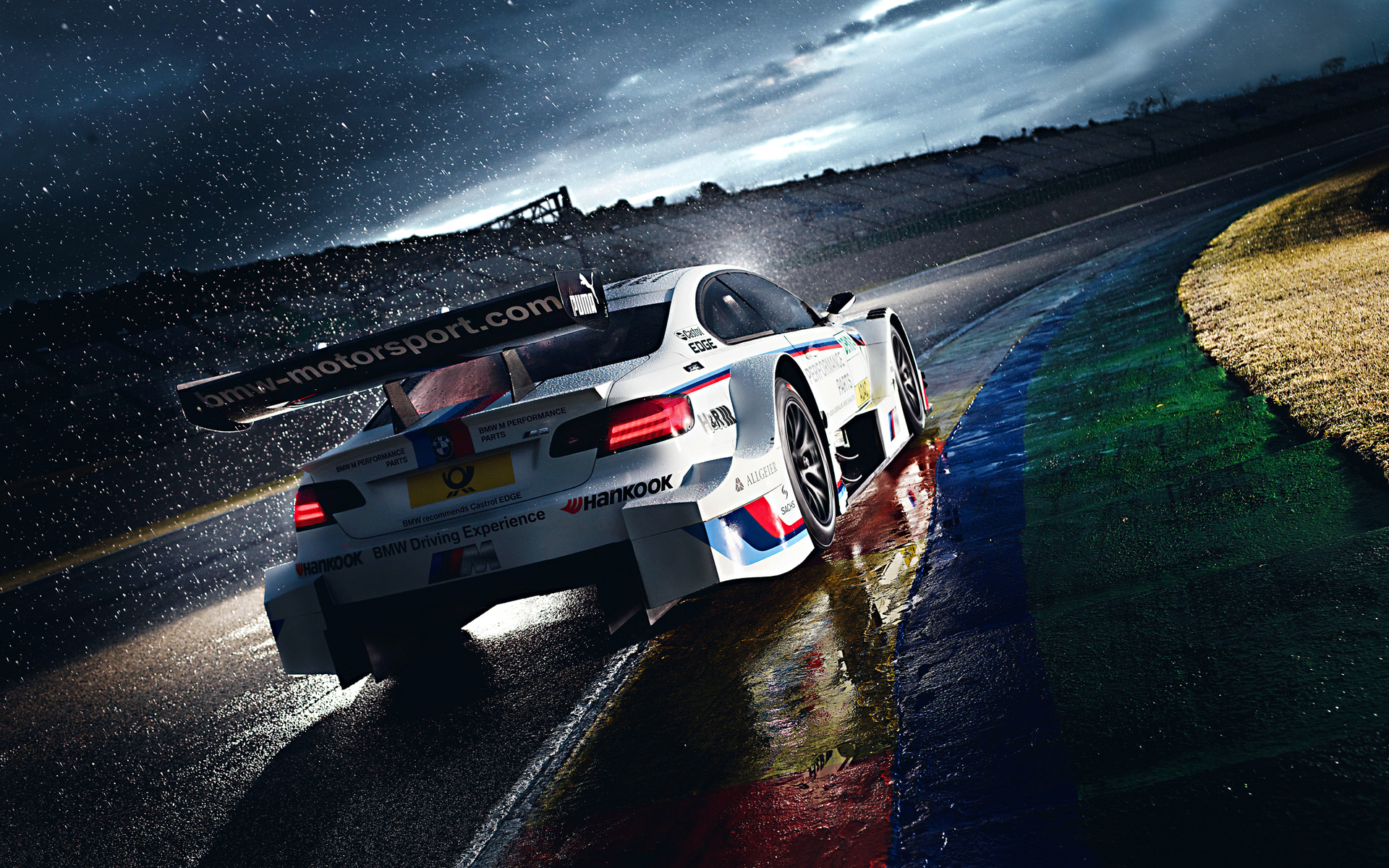 Bmw m3 dtm racing cars vehicles race cars race tracks wet rain water wallpaper 1920x1200