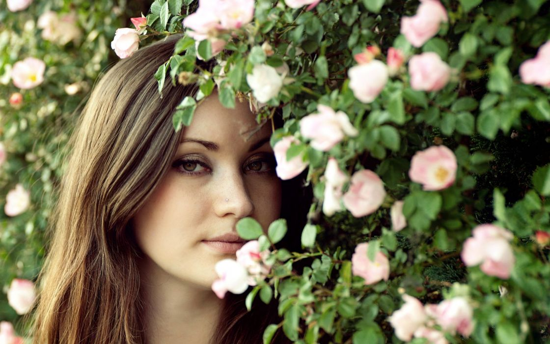 women females girls models style mood face flowers wallpaper