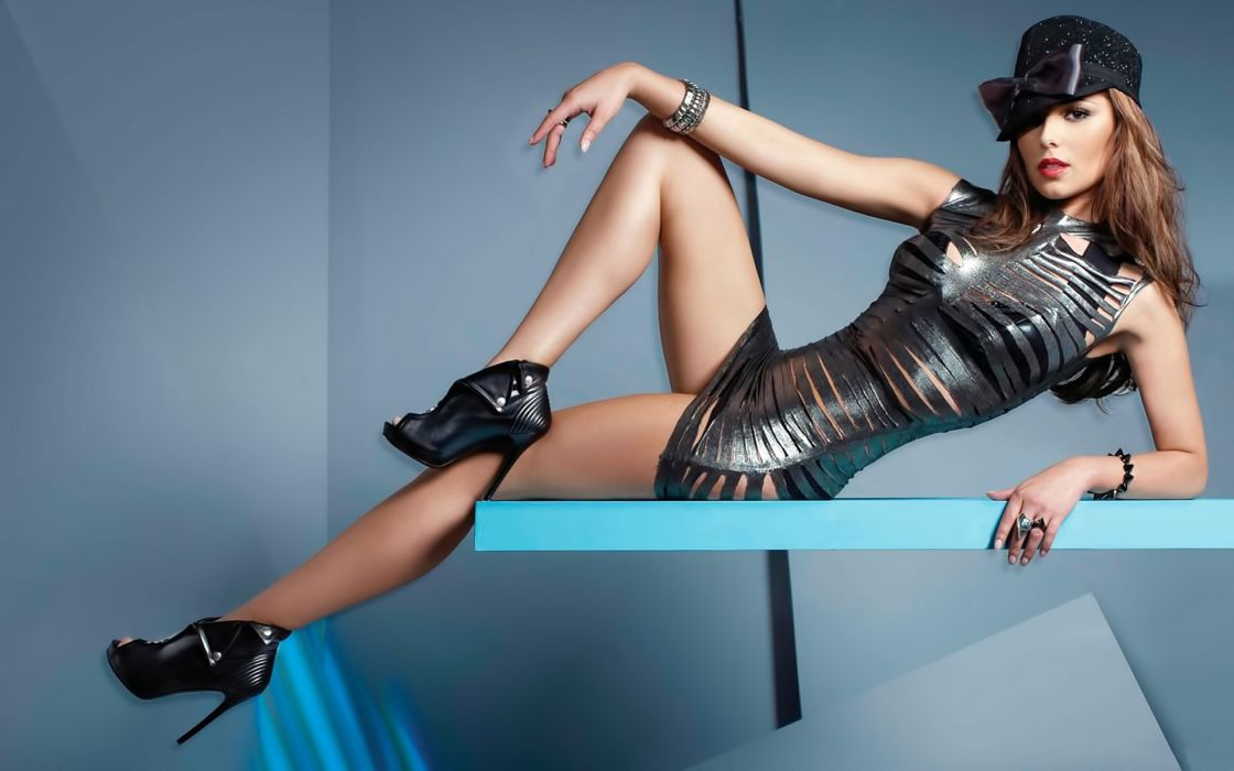 Cheryl Cole singers groups Girls-Aloud Aloud women females girls sexy sensual babes clothes style fashion wallpaper