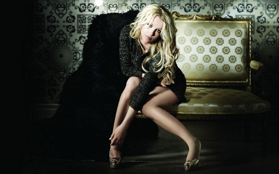 Britney-Spears Spears women females girls babes sexy sensual celebrities wallpaper