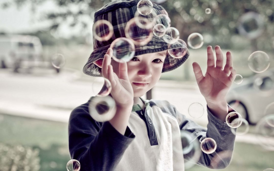 children child bubbles cute asian oriental photography wallpaper