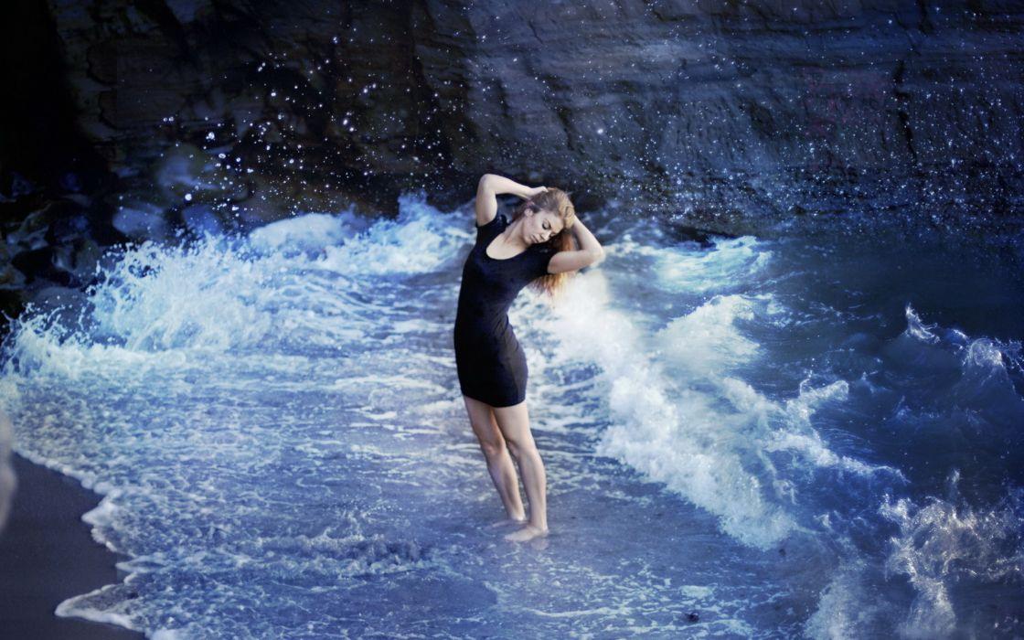 women females girls models babes sexy sensual style mood emotions ocean sea beach waves drops water wallpaper