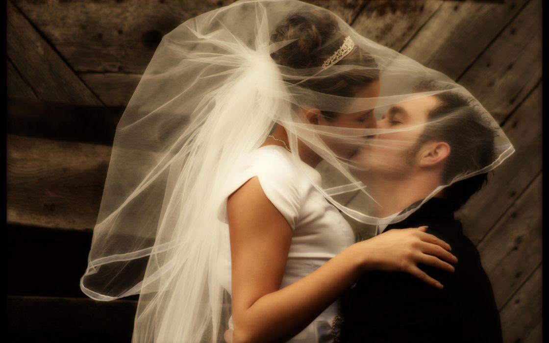 people men males brides gowns wedding women females girls love romance embrace kissing kiss wallpaper