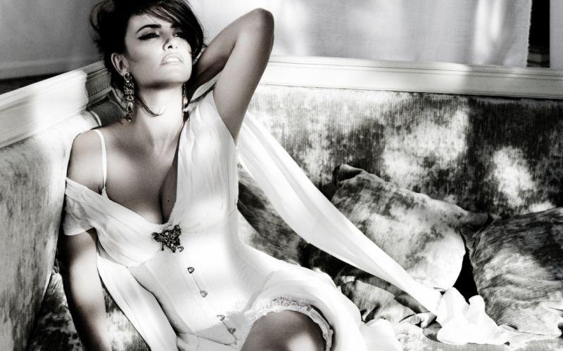 penelope-cruz penelope cruz black white b/w women females girls actress sexy sensual style fashion celebrities people brunette beautuful wallpaper