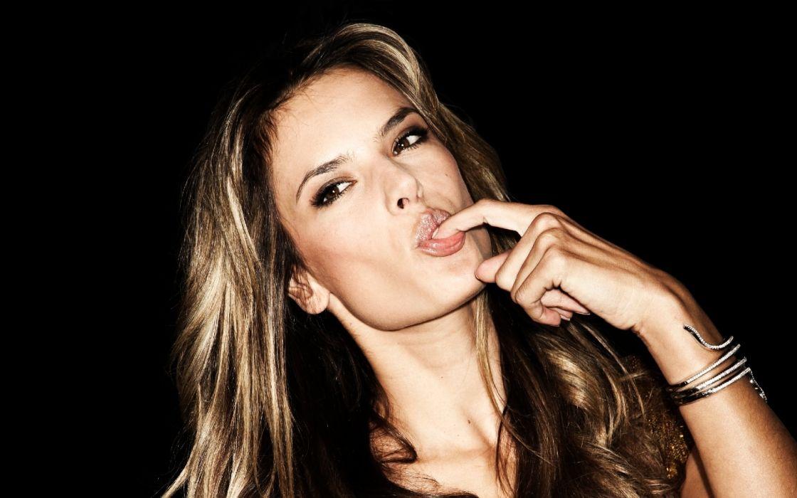 Alessandra-Ambrosio Alessandra Ambrosio faces pose blonde lips women females girls models babes style fashion wallpaper