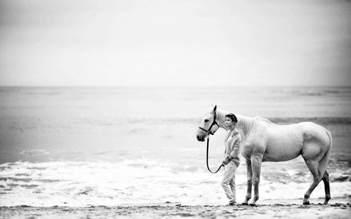 animals horse sea ocean seascape waves sky beaches sand people women female girl mood emotion children black white wallpaper