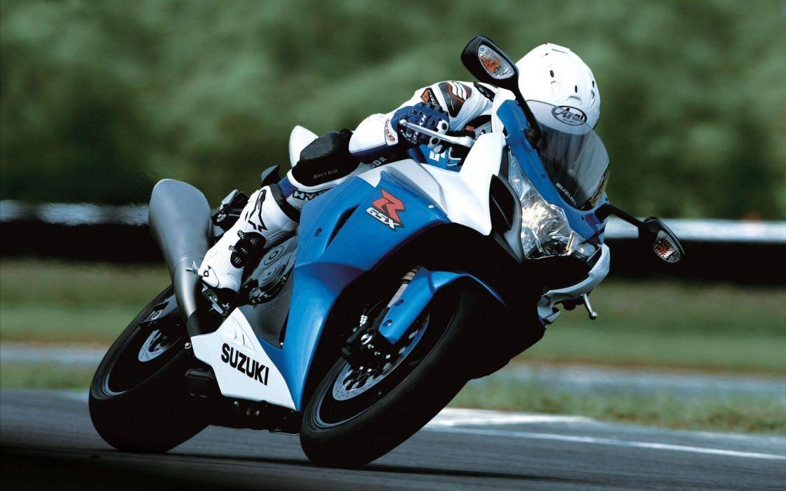bikes suzuki roads superbike vehicles motorbikes motorcycle track racing wallpaper