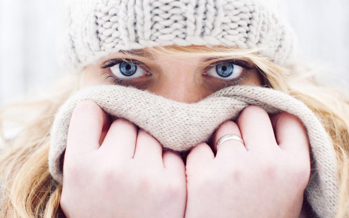 face eyes pales hands pose hat scarf mask jewelry blonde women female girl model style fashion winter seasonal stare look  wallpaper