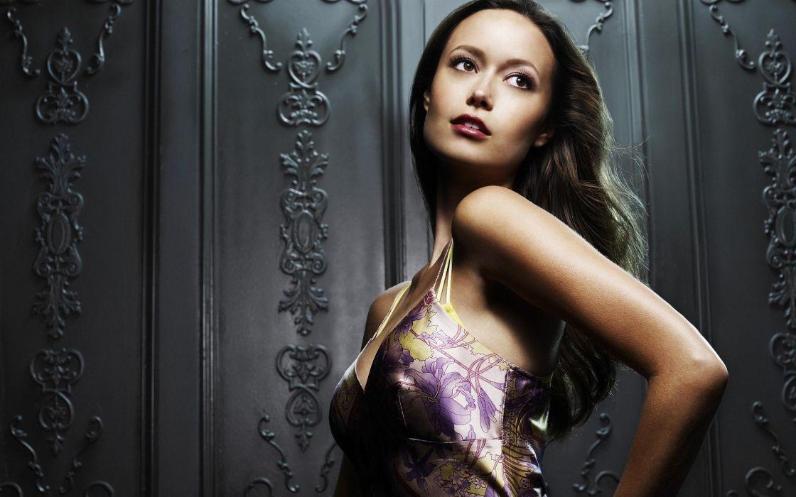Summer Glau brunette celebrities actress sexy sensua; style fashion dress pose women females girls babes face eyes lips wallpaper