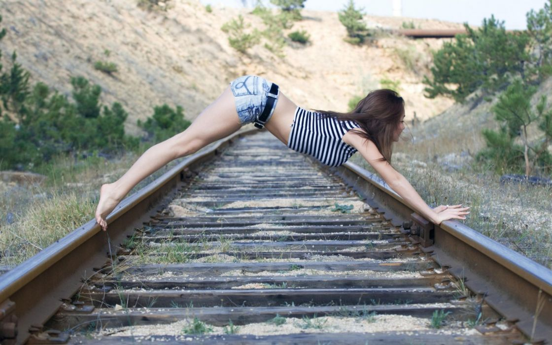 women females girls models babes sexy sensual pose style train tracks railroad stell rails metal wallpaper