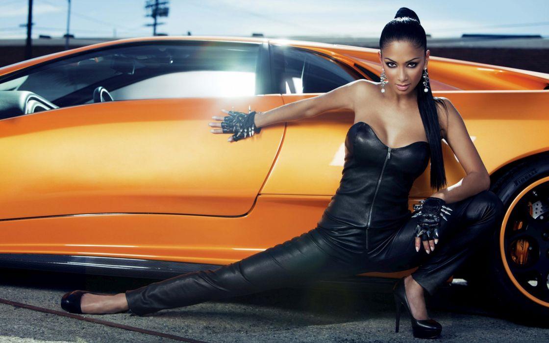 Nicole Scherzinger Lamborghini Diablo photo shoot celebrities actrees music pussycat dolls singer models boobs cleavage legs pose women females girls babes sexy sensual exotic wheels window supercar wallpaper
