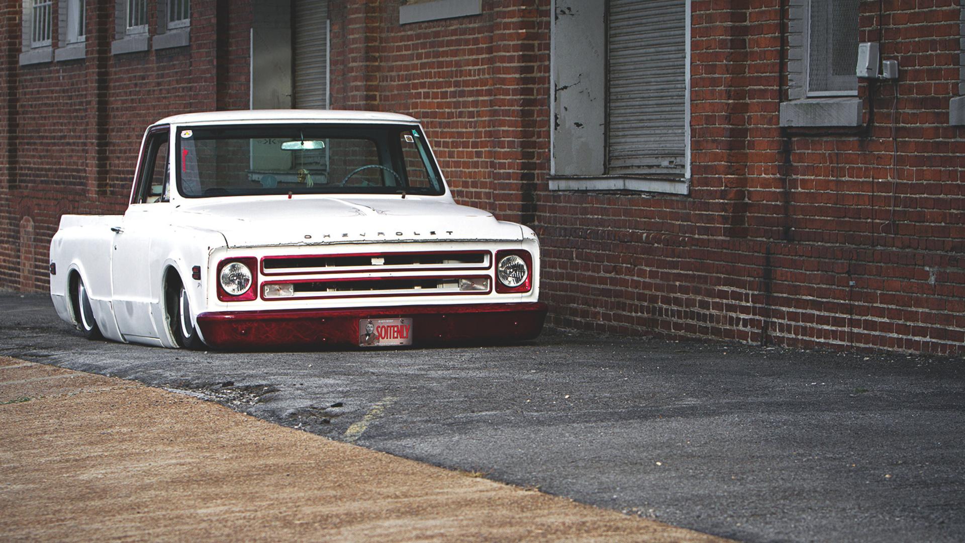 Low Chevy Trucks Wallpaper
