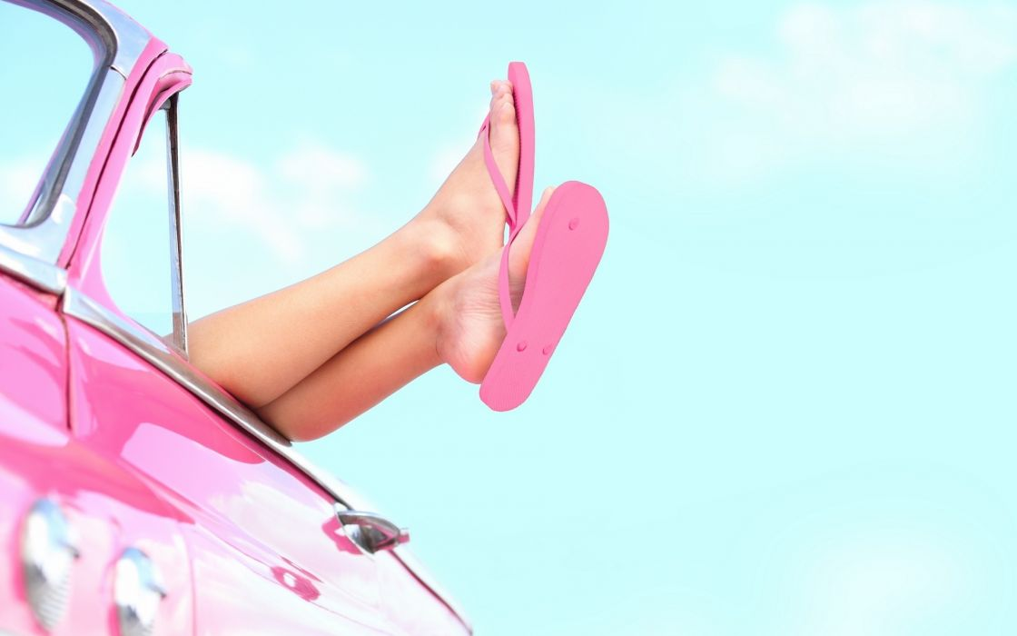Girl_Leg_Car wallpaper