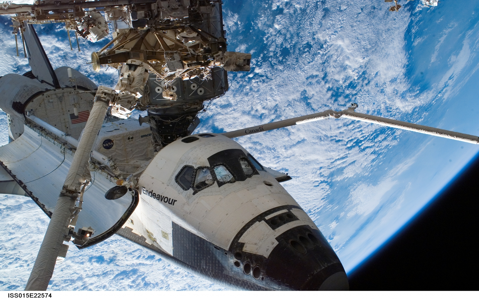 Space Shuttle station nasa earth atmosphere clouds planets ...