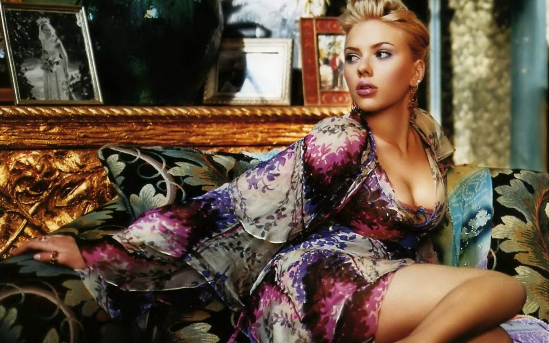 Scarlett Johansson celebrities actress women females girls babes sexy sensual style fashion blondes pose wallpaper