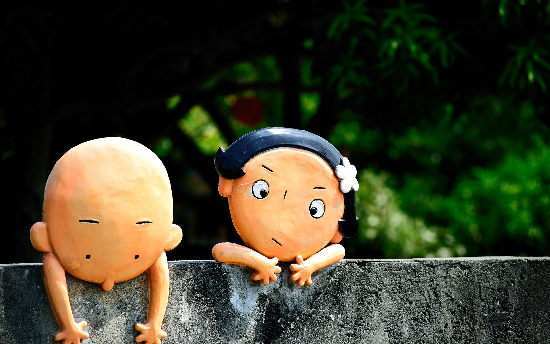 Funny child Love Wallpaper : Humor funny children dolls photography cute faces eyes bokeh wall situation friends girls boys ...
