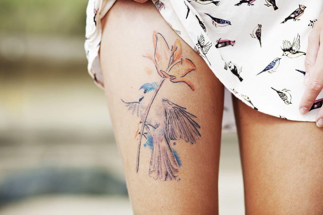Girl_leg wallpaper