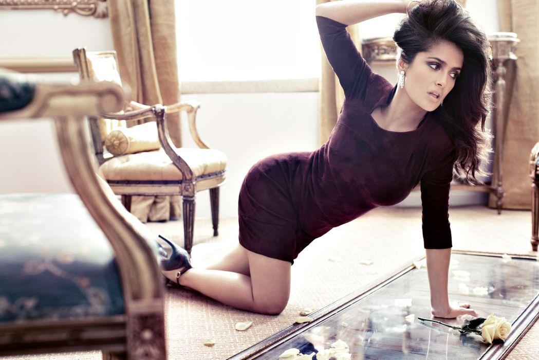 Salma Hayek celeb actress style fashion pose brunette women females girls babes sexy sensual legs butt furniture room wallpaper