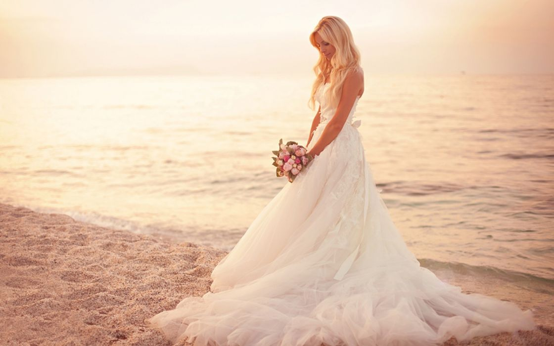 bride wedding dress gown soft flowers bouquet blondes women females girls babes models style fashion nature beaches ocean sea water sunlight sunset sunrise wallpaper