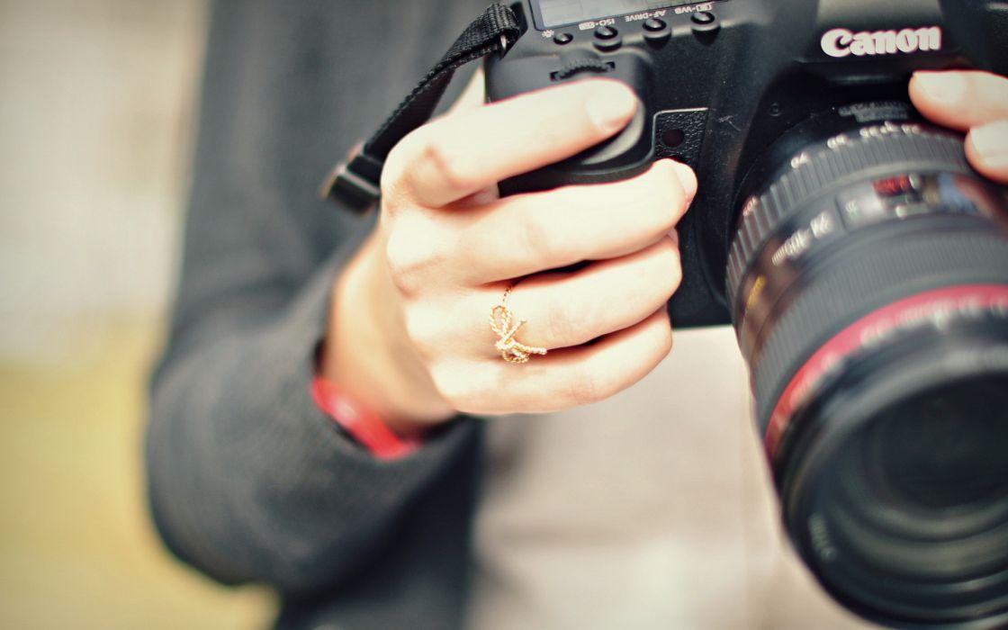 tech mech camera women female girls lens jewelry ring hands canon products macro close up bokeh wallpaper