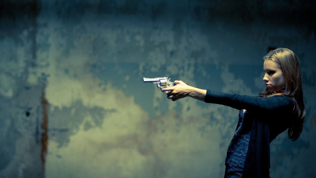 women females girls babes sensual mood situation weapons guns pistols  wallpaper