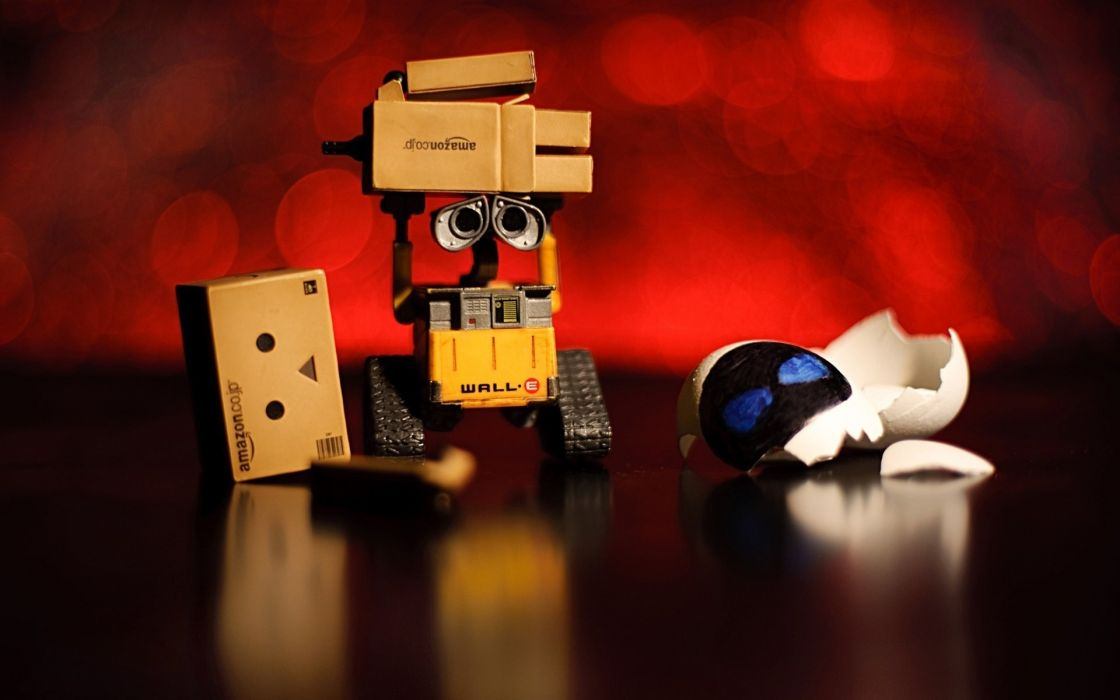 amazon wall-e danbo humor funny sadic toys robot movies wallpaper