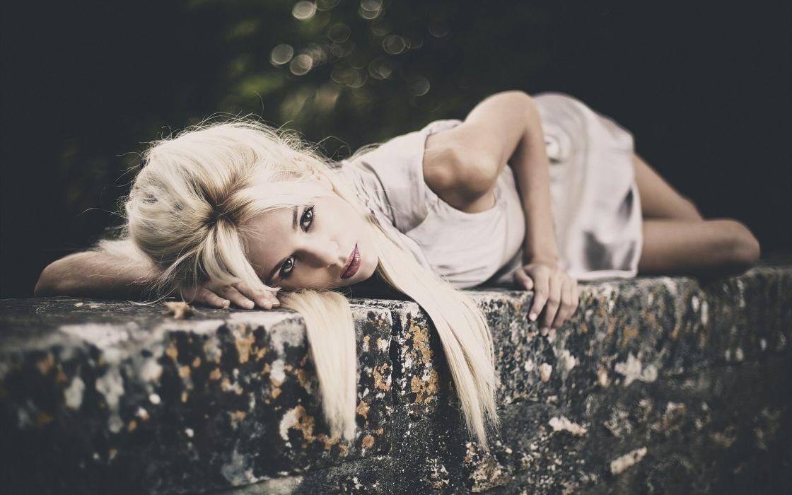 Leslie Grillot(artist) women females girls babes models style pose blondes wallpaper