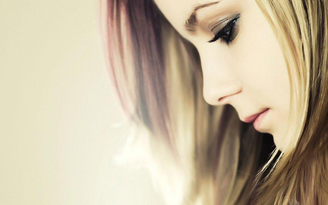 women females girls babes sensual models face eyes lips blondes mood wallpaper