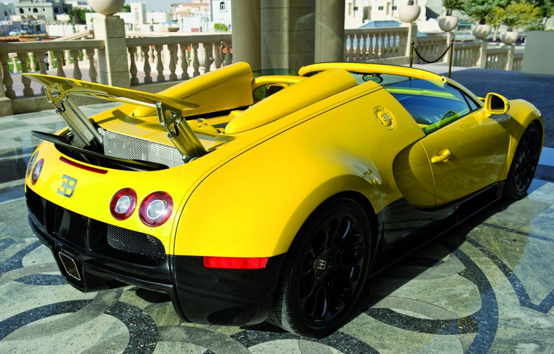 Bugatti Veyron supercar exotic vehicles cars auto yellow bright wings wallpaper