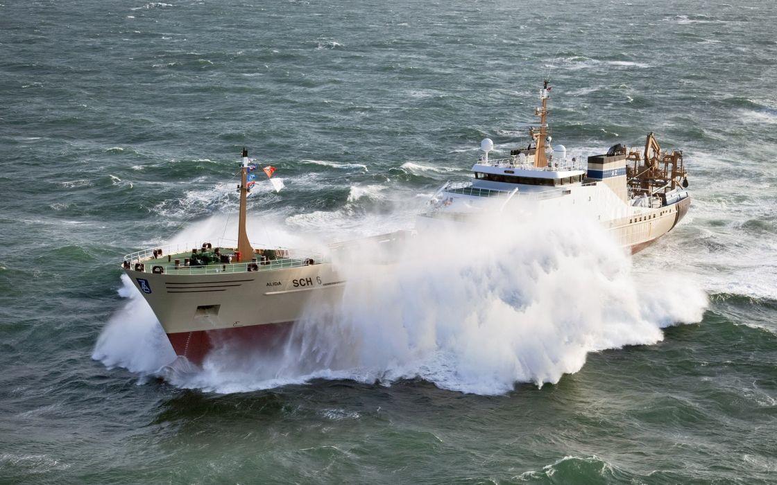 boat ship ocean sea waves wallpaper