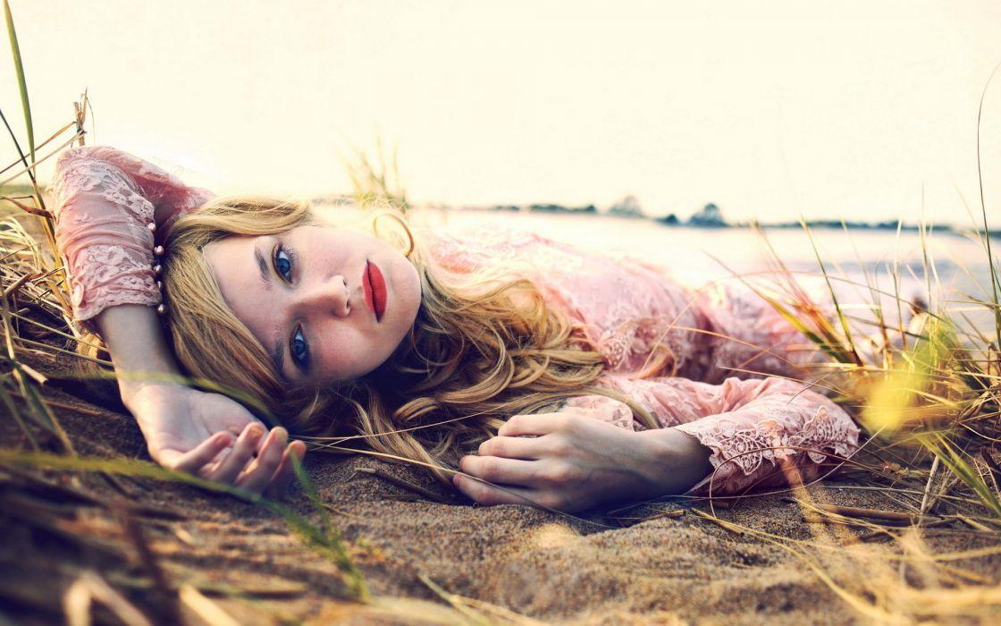 women blonde mood model wallpaper