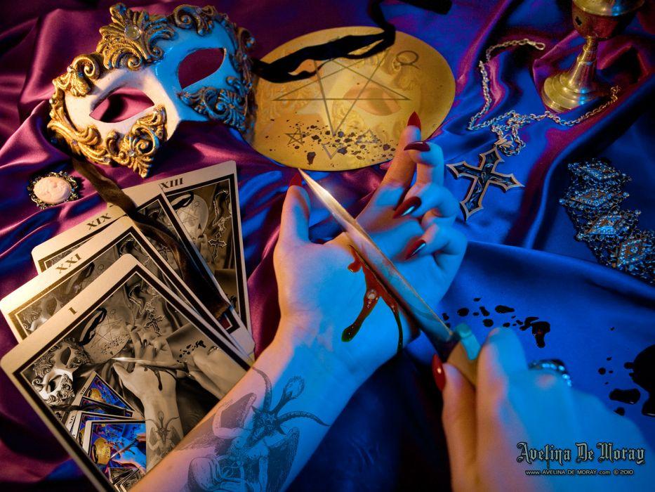 dark horror occult scary spooky creepy tarot cards fortune teller blood wallpaper