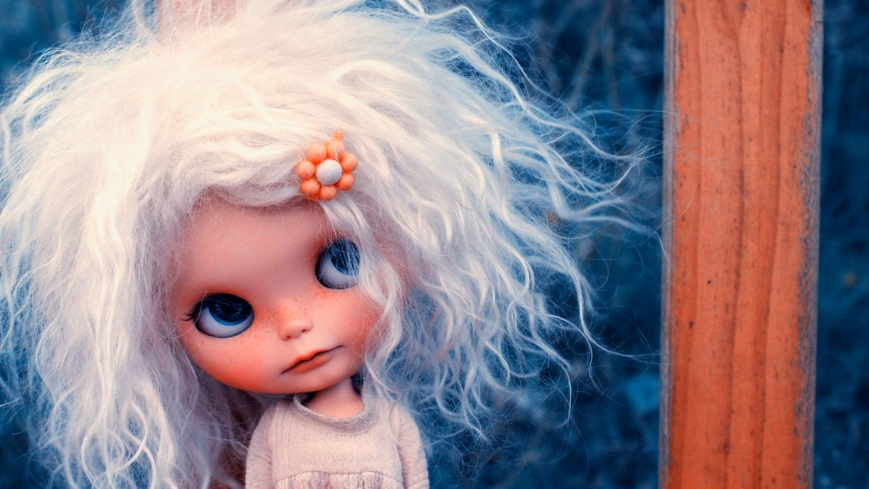 toys doll life face eyes blonde cute wallpaper