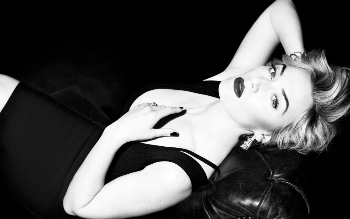 kate winslet celeb actress women model monochrome black wnite sexy sensual wallpaper