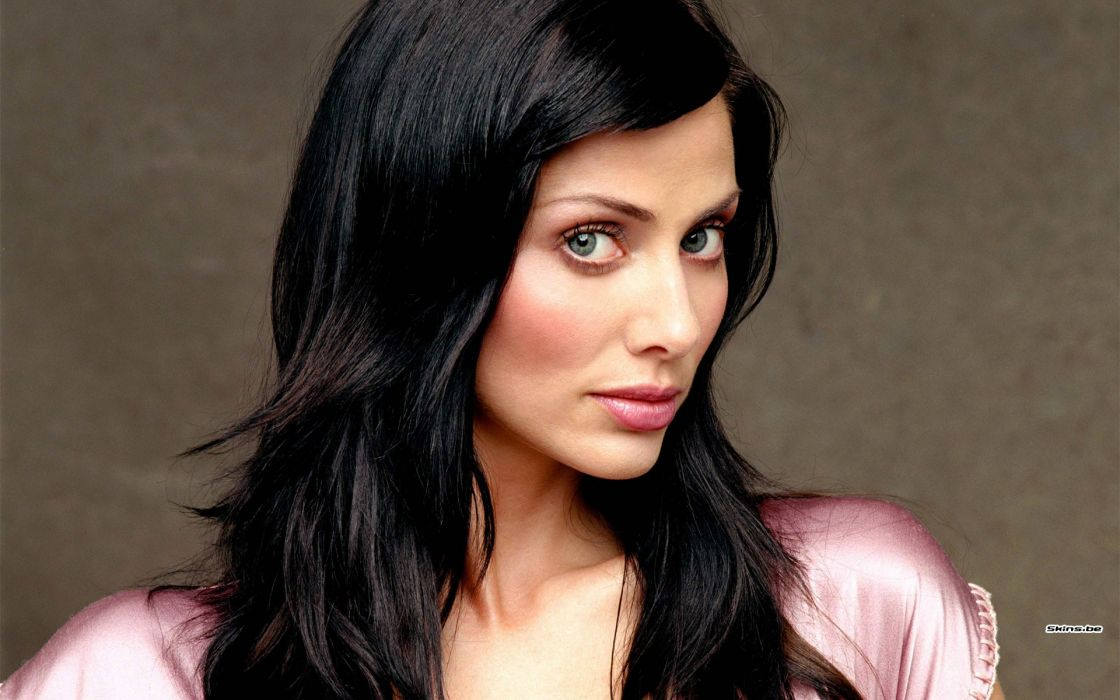 Brunettes women natalie imbruglia faces wallpaper