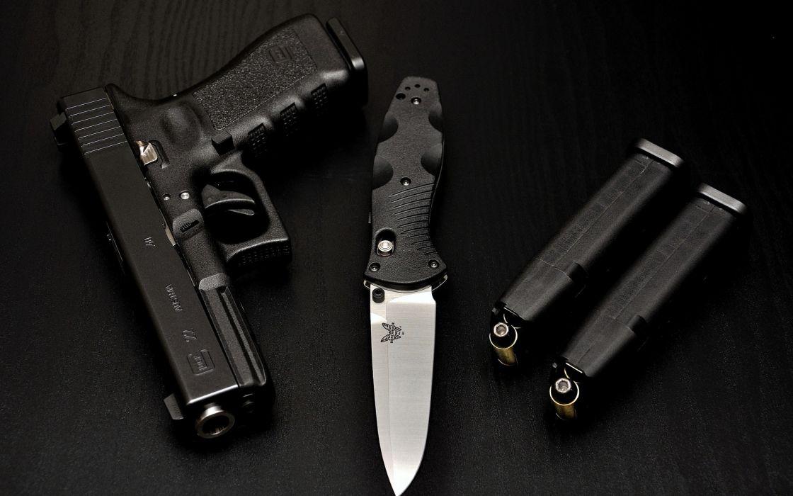 weapons guns pistol knife ammuntion wallpaper